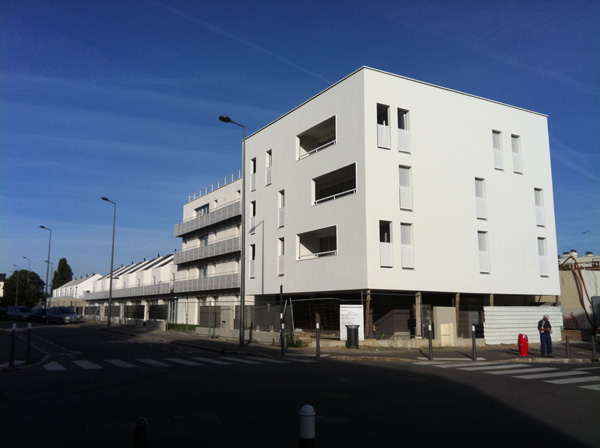 Construction de 16 logements collectifs et 12 maisons individuelles, la Cité Renault aux Mureaux