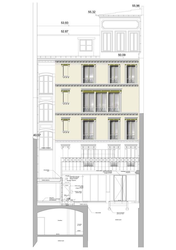 Plan de façade d'un immeuble de bureaux en logements, création d'un commerce et d'un local d'activité (plan climat), 75008